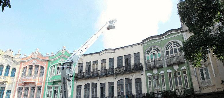 Sobrado pegou fogo no centro da capital fluminense