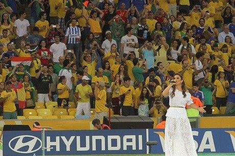 Ivete Sangalo foi uma das atrações da cerimônia de encerramento