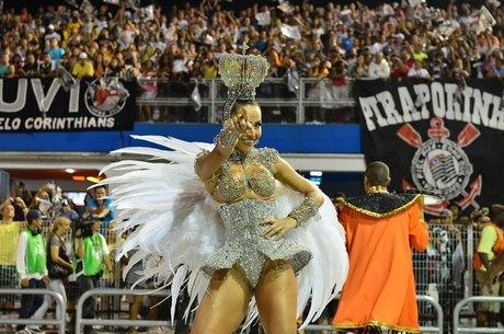 Sabrina Sato quer ficar com o corpo perfeito para o Carnaval