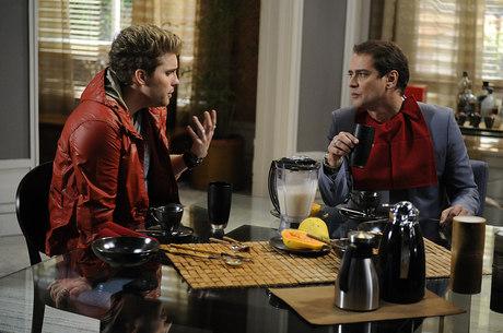 Thiago Fragoso e Marcello Antony em cena da novela da Globo