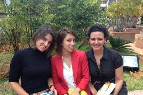 Carol, Taís e Jeanne leêm mais de 15 livros por ano