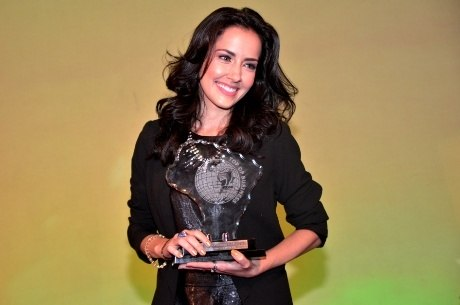 Maytê recebeu o prêmio em hotel luxuoso no Rio de Janeiro (RJ)