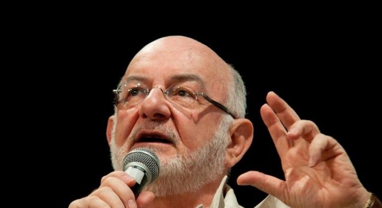 Silvio de Abreu deixa comando de novelas e séries da Globo