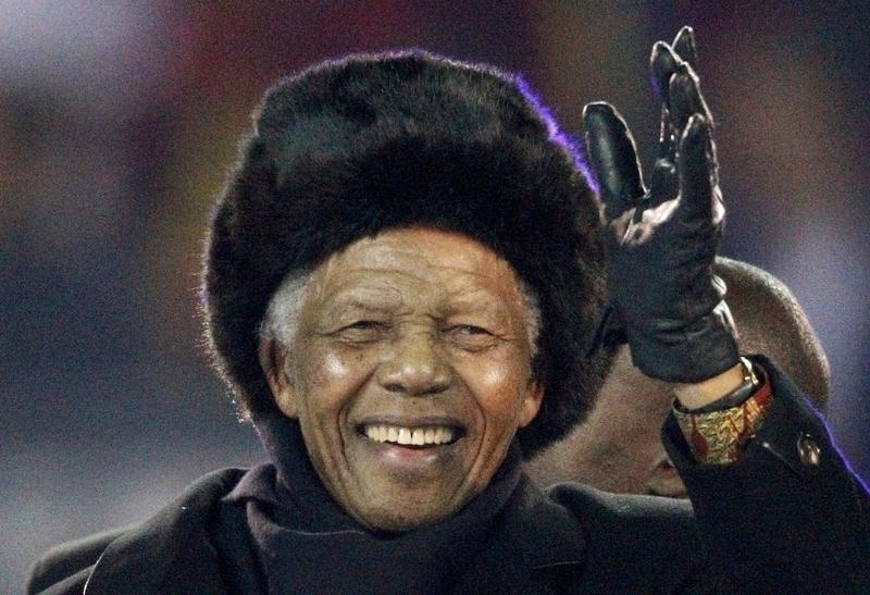 David Cameron classifica Mandela como 'um herói de nosso tempo'