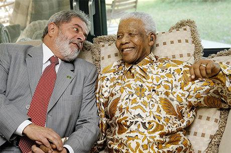Lula e Nelson Mandela se encontraram em 2008 em Moçambique
