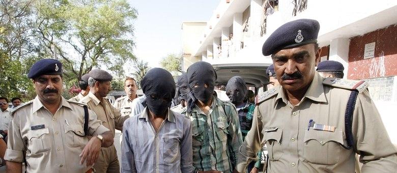 Os agressores estupraram a turista quando ela acampava com o marido no Estado indiano de Madhya Pradesh