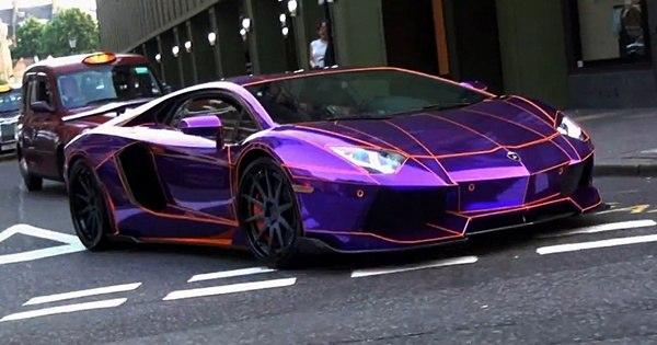 Fotos De Camaro 2016 >> Lamborghini roxo que brilha no escuro aparece 'cuspindo ...