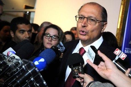 """Alckmin fala em """"corrigir desvios"""" dos agentes policiais no Estado"""