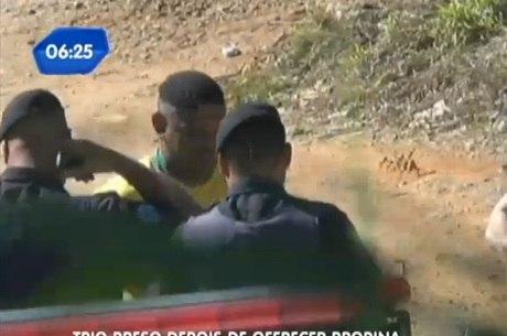 Homem que trouxe parte do dinheiro foi preso pelos policiais
