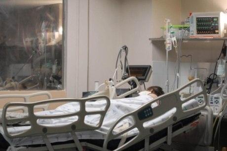 Lei permite visitas presenciais a pacientes em leitos de MG