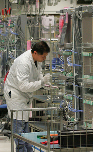 Produção industrial tem 23° queda seguida