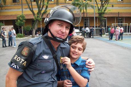 Polícia acredita que o sargento da Rota Luís Marcelo Pesseghini tenha sido assassinado pelo filho de 13 anos