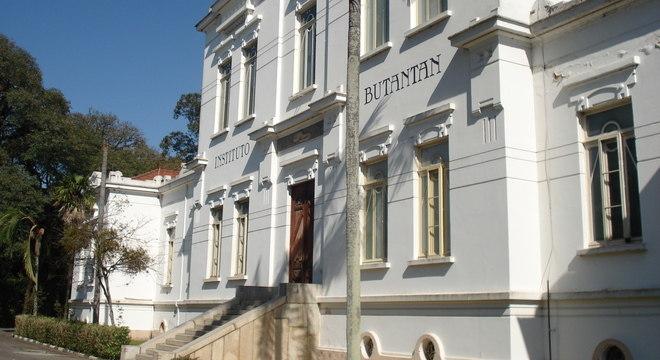 Instituto Butantan chegou a registrar 17 mil exames em espera