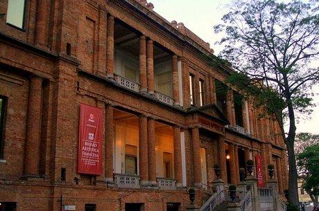 Pinacoteca poderá reabrir ao público na fase verde