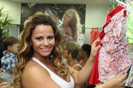 Viviane Araújo faz aulas para atuar em novela de Aguinaldo Silva
