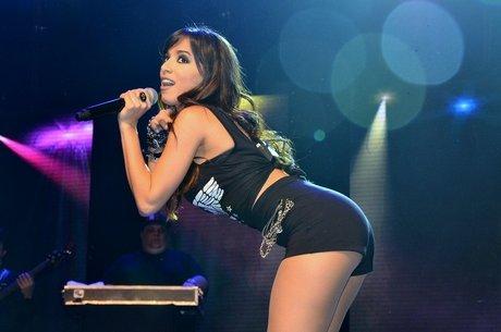 Anitta não corre o risco de ter intimidade exposta na web