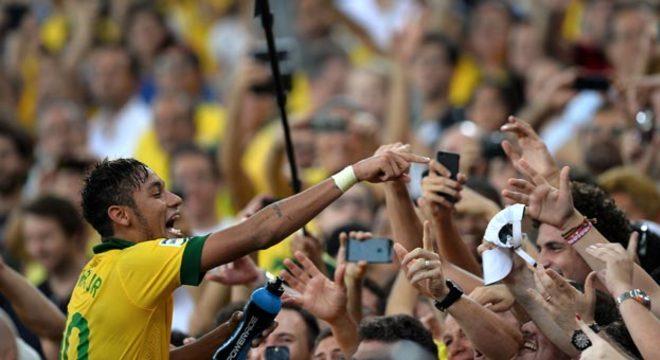 Neymar é a esperança do Brasil para conquistar a Copa do Mundo em 2014