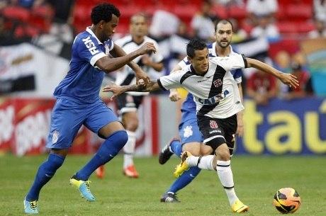 Corinthians e Vasco fizeram bom jogo no Mané Garrincha