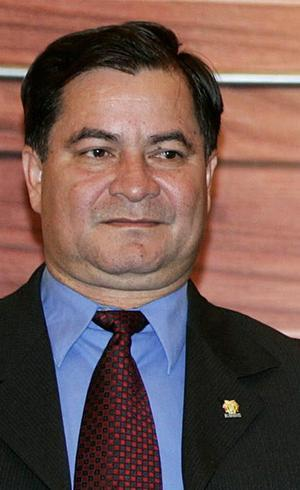 """O governo boliviano declarou o senador (foto) """"foragido da Justiça"""""""