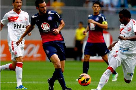 Bahia quebrou jejum de quatro jogos sem vencer