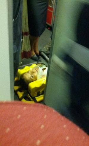 Passageiro registrou socorro prestado a um dos feridos