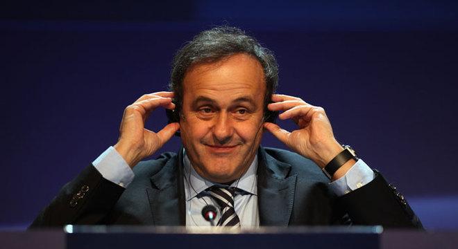 Michel Platini diz que França manipulou sorteio em 1998 para evitar Brasil