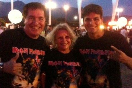 Paulo Rafael juntos com os pais Manoel e Ziru