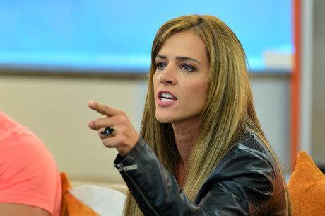 """Denise Rocha admite consumo de remédios tarja preta: """"Antes tratar do que  ficar doida"""" - Entretenimento - R7 Famosos e TV"""
