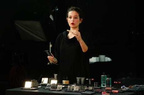 Rafaella Crepaldi visita a Record na segunda-feira (31)