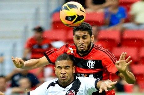 Flamengo tem uma vitória sobre o Vasco no novo Mané Garrincha