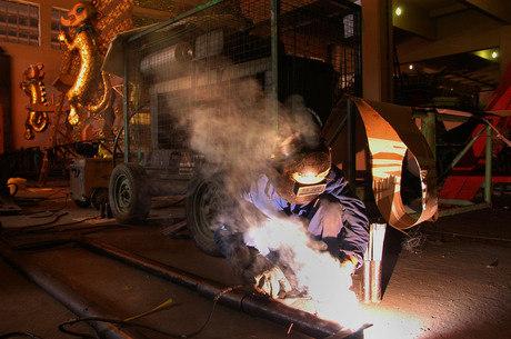 Onze das 14 regiões pesquisadas tiveram alta na produção industrial