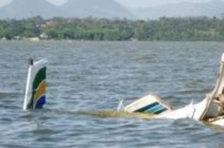 Aeronave caiu na tarde de segunda-feira (21)