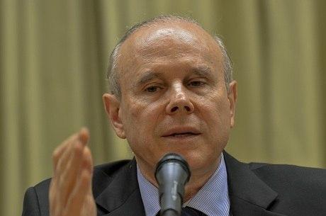 Chefe de gabinete de Mantega é suspeito de receber propina