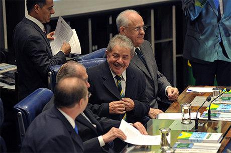 Lula disse que Sarney 'não criou qualquer dificuldade' à Constituinte