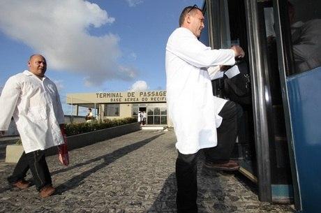 Até o momento, o programa conseguiu recrutar 6.600 profissionais, a maioria proveniente da cooperação com a Opas