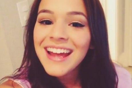 Bruna Marquezine canta nova música de Ivete Sangalo