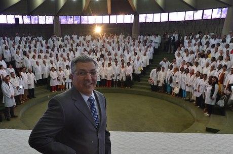Terceira fase do Mais Médicos preencheu apenas 14% das vagas