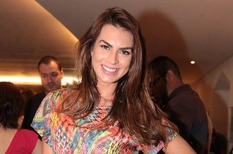Renata Molinaro fala sobre o fim do namoro com personal trainer