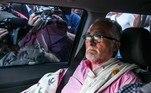 José Genoino segue para a sede da PF em São Paulo após ter prisão decretada