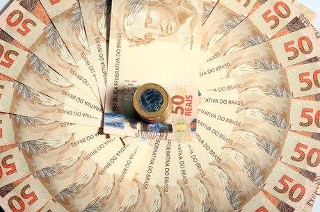 Governo prevê repasses de R$500 bilhões para Estados e municípios