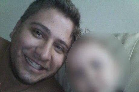 Ewerton (foto) tinha um filho de três anos