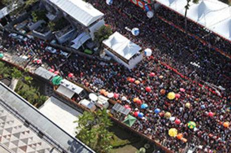 Carnaval que acontece entre os dias 27 de fevereiro a 4 de março