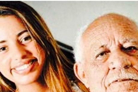 José Silva e sua enteada, Thaís Nogueira