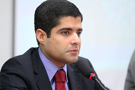 Desde meados do primeiro mandato, Neto era o nome da oposição para a disputa