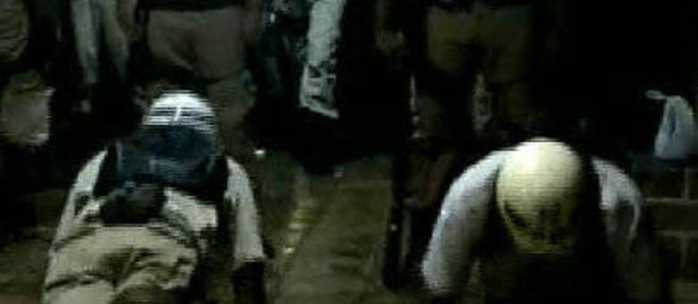 Policiais humilhados durante teste