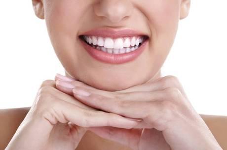 Anvisa Quer Restringir Venda E Propaganda De Clareadores Dentais
