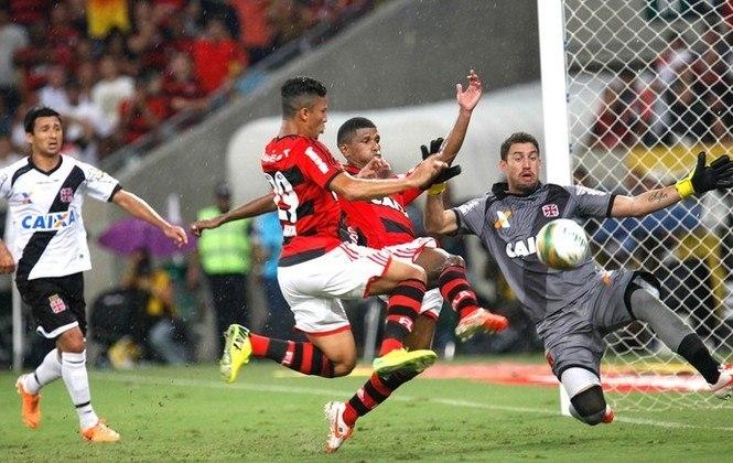 2014 - Poucos dias depois da eliminação, o Flamengo ficou a poucos minutos de perder o Campeonato Carioca para o Vasco, mas um gol salvador de Márcio Araújo garantiu mais um título estadual para o Rubro-Negro em cima do rival.