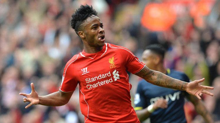 2014 - Sterling (Liverpool) - Aos 25 anos, o atacante Sterling é importante no elenco do Manchester City. O jamaicano naturalizado inglês trata da renovação de contrato com o time de Pep Guardiola.