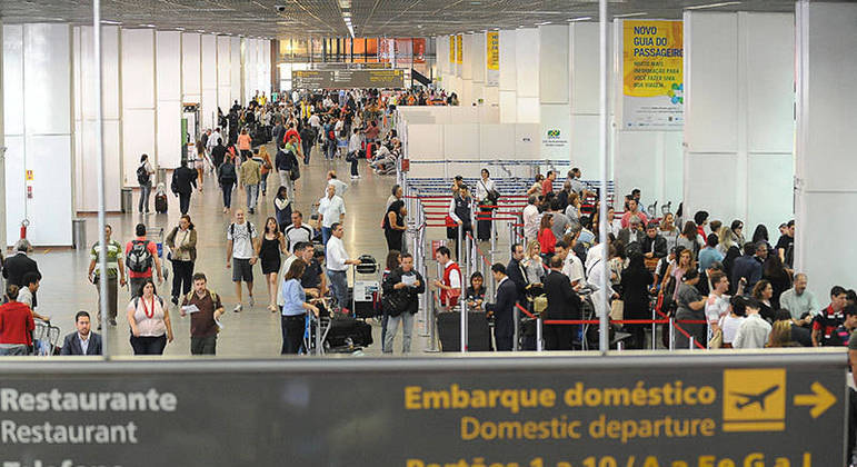 Com perspectiva de alta no fluxo de passageiros, administradora do aeroporto buscou apoio da Polícia Militar