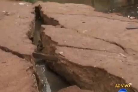 Cheia do rio e fortes chuvas podem ter agravado a situação